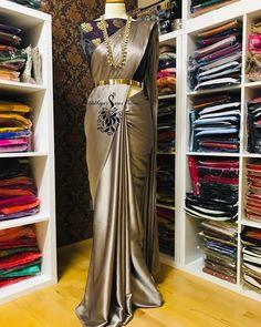 Image may contain: people standing, shoes and indoor Satin Saree, Silk Sarees, Saree Dress, Saree Blouse, Bridal Lace Fabric, Indian Fashion, Womens Fashion, Beautiful Girl Indian, Indian Sarees