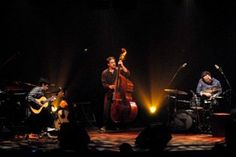 O violeiro joão Paulo Amaral se apresenta com trio no dia 28 de setembro no palco do Sesc Santana, a partir das 19h. A entrada é Catraca Livre.