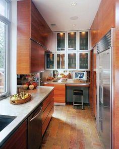 Gorgeous galley kitchen!
