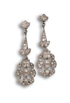 Pendientes años 30 en platino y diamantes