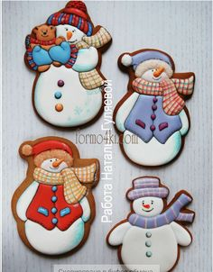 Набор №138(*Снеговик с мишуткой*)(514-295) - Все для пряников и печения от Даши Рокицкой — интернет-магазин для кондитера Cute Christmas Cookies, Snowman Cookies, Iced Cookies, Christmas Cupcakes, Christmas Sweets, Noel Christmas, Holiday Cookies, Cupcake Cookies, Christmas Baking