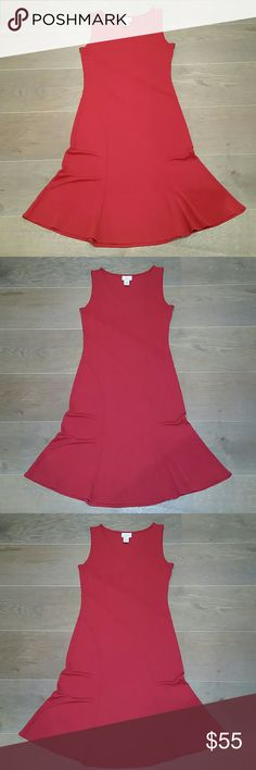 Ann Taylor Midi Red Dress - size 4 Ann Taylor Loft Dress Midi Length Color: Deep Red  size 4 Fabric: easy care polyester knit Fitted top and flirty flared skirt V neck Sleeveless EUC  No stains, rips, tears, snags, holes, marks or defects Ann Taylor Dresses Midi