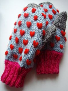 Ravelry: Thrummed Mittens FREE knitting pattern tutorial by Adrian Bizilia
