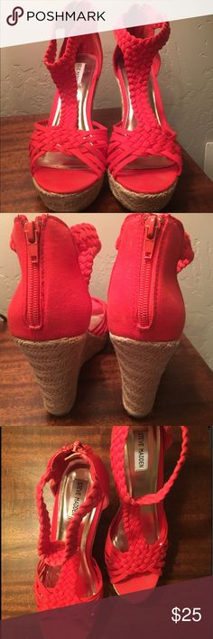 Gorgeous Red Coral Steve Madden Wedges Size 9! Wedges that are perfect for summer and will go with any dress! Size 9 Steve Madden wedges with a 4 inch heel. Lightly worn and extremely comfortable. Steve Madden Shoes Wedges