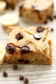 Banana Chocolate Chip Blondie Recipe (Vegan & Gluten Free) - Happy Healthy Mama