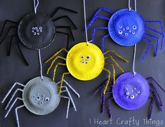 I HEART CRAFTY THINGS: Paper Plate Spiders. Art activity for Apologia Zoology. Spider craft