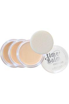 cest le makeup gomme qui zappe les signes de fatigue et de