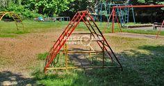 Régi/retro játszótér :) vasmászókák, régi játékok Budapest, Ladder, Bali, Retro, Stairway, Retro Illustration, Ladders