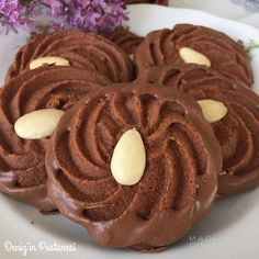Çikolatalı kahveli Viyana kurabiyesi