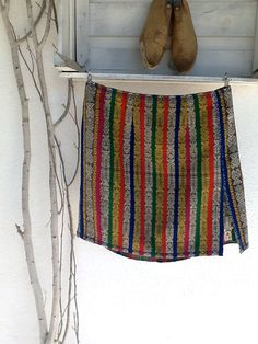 skirt made in Portugal from a Guatemala's corte