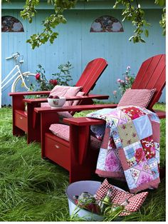 Charming Adirondack Chairs with Red gingham Outdoor Spaces, Outdoor Living, Outdoor Decor, Porches, Dream Garden, Home And Garden, Magic Places, Red Cottage, Garden Seating