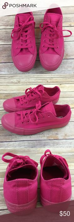 Converse Hot Pink low top Tennis Shoes NEW New. Unique. Really cute! womans 9 Converse Shoes Sneakers