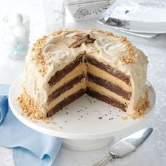 Toffee Bar Brownie Torte Recipe -Heads will turn when you serve this showstopping cake. The mild espresso frosting nicely complements the bittersweet brownie layers. Bake Sale Recipes, Cake Recipes, Dessert Recipes, Cheese Recipes, Profiteroles, Just Desserts, Delicious Desserts, Fudge, Torte Recipe