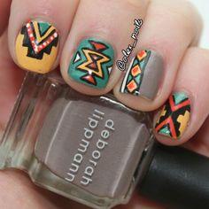 Aztec Tribal Nail Art @alex_nails on instagram