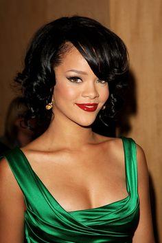 Rihanna hair and red lips. Love her hair.