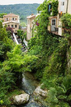 Medieval village of Moustiers-Sainte-Marie, Alpes-de-Haute-Provence, France