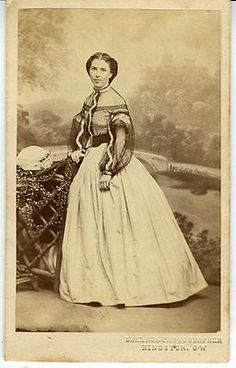 CDV Young Women in Hoop Skirt Sheldon Photographer Kingston CW Canada West. Old Images, Old Pictures, Civil War Fashion, Hoop Skirt, Civil War Dress, Victorian Women, Victorian Life, Victorian Dresses, Historical Costume