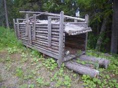 innsida av slitt hytte - Google-søk Garden Bridge, Outdoor Structures, Google