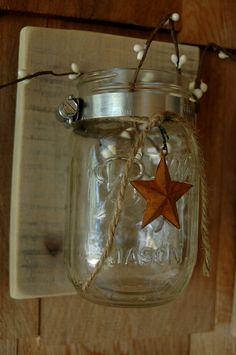 Single Mason jar with Rusty Barn Star on recycled wood rustic wall decor