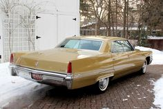 1969 Cadillac Sedan DeVille Maintenance of old vehicles: the material for new cogs/casters/gears could be cast polyamide which I (Cast polyamide) can produce