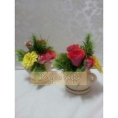 Ordered by a customer in Sabah, Malaysia. Roses and dahlias.