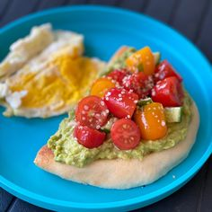 Easy lunch idea: avocado and tomato focaccia & egg. Ready in 10min...because not every day I want to cook 🤣🤣 The focaccia bread is from Trader Joe's 😉, I simply reheated it in the toasted. Cherry tomatoes from the Farmers Market dressed with olive oil, garlic, basil and salt. The avocado has been dressed with a pinch of salt and a squeeze of lemon. I also added some help seeds on top. That's it! Easy, fast and nutritious.  As much as I love cooking, I also love easy and quick recipes 😜😬… Trader Joes, Quick Recipes, Cherry Tomatoes, Bruschetta, Farmers Market, Avocado Toast, Vegetable Pizza, Family Meals, Olive Oil