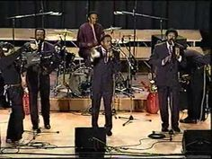 Willie Neal Johnson & The New Gospel Keynotes - Jesus You've Been Good T