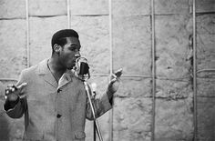 Leon Bridges at C-Boys Heart & Soul Beautiful Voice, Beautiful Men, Roslyn Bon Iver, Leon Bridges, Best Carry On Luggage, How To Cook Corn, Any Music, Classical Music, Picture Quotes