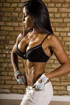 クロスフィットの女性の健康的で美しい身体! (12)