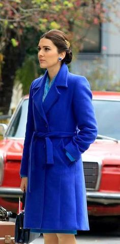 Berguzar Korel Casual Chic, Casual Wear, Forbidden Love, Turkish Actors, Kaftan, All About Time, Beautiful People, The Incredibles, Turkish Delight