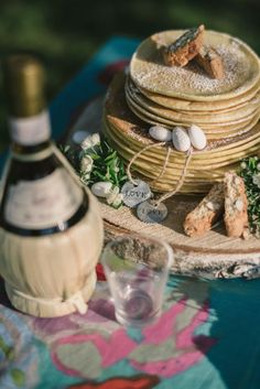 Chic Tuscan Elopement Inspiration | Francesco Spighi Photography | Weddings in Tuscany by Chiara Sernesi | Cake design by Salvia & Ramerino chef