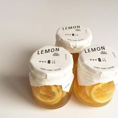 Simple and clean packaging for lemons Cool Packaging, Food Packaging Design, Bottle Packaging, Packaging Design Inspiration, Brand Packaging, Branding Design, Label Design, Package Design, Food Design