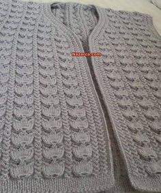 This Pin was discovered by HUZ Crochet Vest Pattern, Easy Knitting Patterns, Knitting Designs, Knitting Projects, Knit Crochet, Fair Isle Knitting, Lace Knitting, Knitting Stitches, Knitting Socks