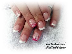Stamping with dotts - www.facebook.com/NailStyleByDani #naildesign #nailart #frenchnails #gel #manicure #maniküre