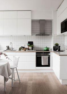 Bright Scandinavian Family Home (via http://Bloglovin.com )