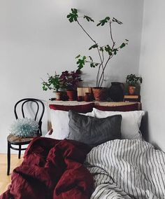 Bohemian Bedroom Decor Ideas - Discover bohemian bedrooms that will delight you . - Dormitory - Bohemian Bedroom Decor Ideas – Discover bohemian bedrooms that will delight you …, - My New Room, My Room, Bohemian Bedroom Decor, Red Bedroom Decor, Bohemian Bedding, Minamilist Bedroom, Warm Bedroom, Master Bedrooms, Modern Bedroom