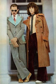 Ron Mael & Russell Mael from Sparks 70s Music, Music Pics, Reggae Music, Blues Music, Mode Masculine, Sparks Band, Groupe Pop Rock, Music Magpie, 70s Glam Rock