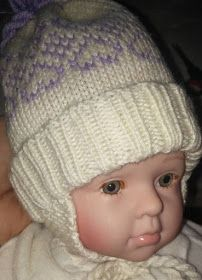 Babsy design YNKA ( you`ll never knit alone ) Snow Monster, Baby Barn, Mittens, Liverpool, Knitted Hats, Knitting, Purple, Pattern, Design