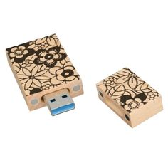 Japanese style rich floral pattern 32GB USB3 flash drive