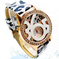 クリスタルと派手なインポートムーブメント腕時計