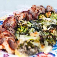 Fläskfilé med broccoligratäng är snabblagad och smarrig vardagsmat! Denna rätt passar även dig som följer LCHF. Receptet hittar du här, smaklig måltid!