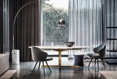 "Catlin ""Dining"" table and Leslie little armchairs, Rodolfo Dordoni Design"