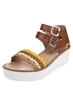 Anca & Co - Calzado Femenino en tu tienda de moda online | Dafiti