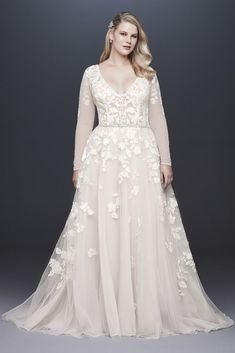 Do you dream of wearing a long sleeve wedding dress on your big day? Shop David's Bridal wide variety of wedding gowns with sleeves in lace & other designs! Plus Wedding Dresses, Western Wedding Dresses, Wedding Dress Styles, Lace Dresses, Bridal Dresses, Plus Size Wedding Dresses With Sleeves, Dresses 2016, Hippie Dresses, Wedding Outfits
