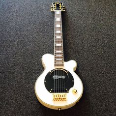 US $320.00 New in Musical Instruments & Gear, Guitars & Basses, Travel Guitars