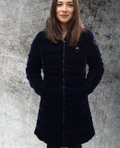 Piumini per donna: oggetti di design accoglienti e caldi