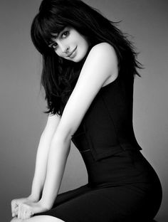 Anne Hathaway in Marc Hom Photoshoot for Marie Claire (Photos) Meryl Streep, Anne Hathaway Fotos, Oscar 2011, Anne Jacqueline Hathaway, Anne Hattaway, Ella Enchanted, Young Actresses, Beautiful Actresses, Beautiful Celebrities