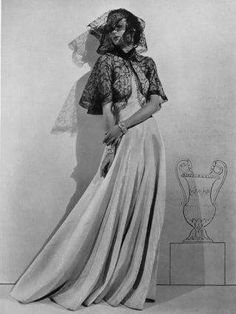 madeleine-vionnet-1936-evening-gown-andre-durst-fashion-photography-hprints-com