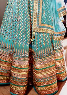 Indian dress, turquoise and gold Wedding Lehenga Designs, Designer Bridal Lehenga, Bridal Lehenga Choli, Indian Lehenga, Lehnga Dress, Lehenga Blouse, Sari, Indian Wedding Fashion, Indian Wedding Outfits