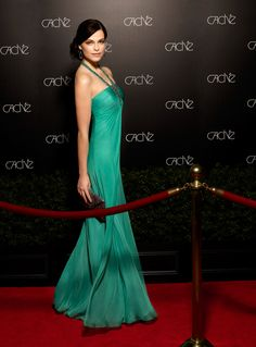 Gunmetal Necklace Gown #prom #green